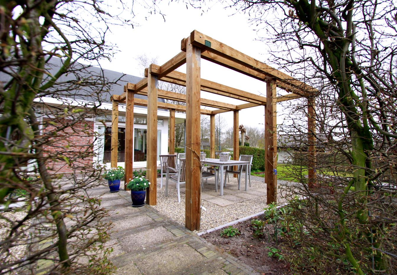 Voorbeelden tuinhuis veranda pergola tuinfoto 39 s ter inspiratie - Bedekking voor pergola ...